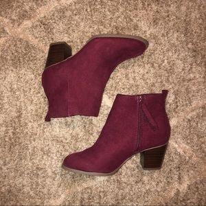 Old Navy Burgundy Suede Heeled Ankle Booties| 7